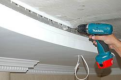 крепление профиля натяжного потолка